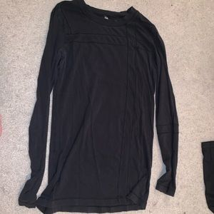 Long sleeved lululemon top